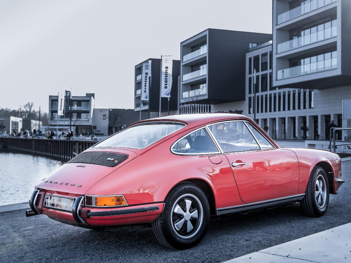 porsche911-2-4-s-coupe-fahrzeugakte-giqo08-74-1200x900-08